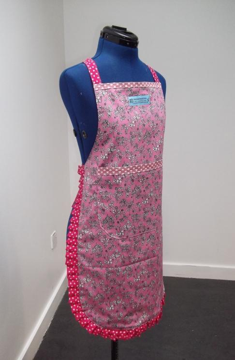 03 apron (2)